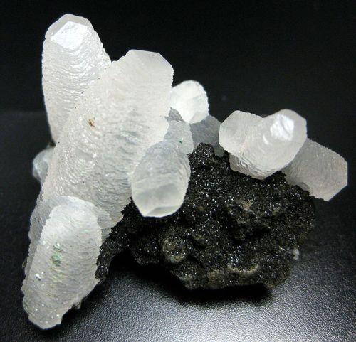 Calcite sur Celadonite