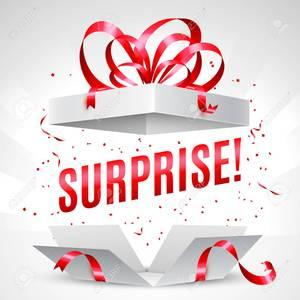 77165426 boite cadeau surprise 300x300