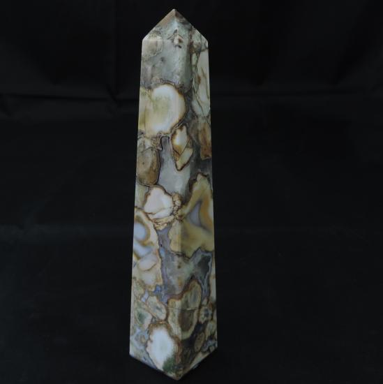 Poppy jaspis obelisk 1
