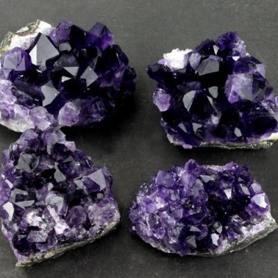 Wholesale 50 70 grams natural grape quartz
