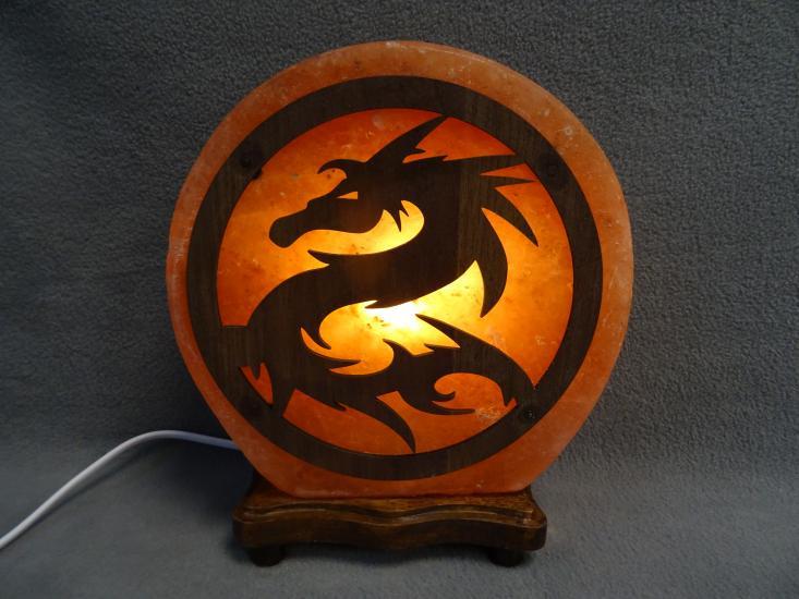 Zoutlamp met draak hout