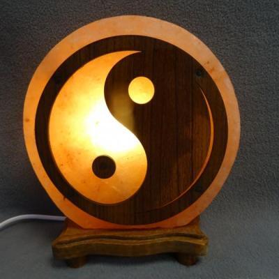 Zoutlamp ying yang hout